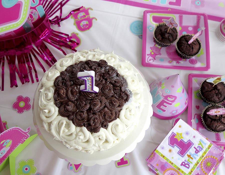 Birthday cake 1st party