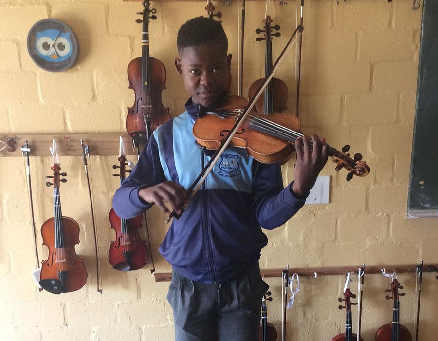 Melumzi Saphuna